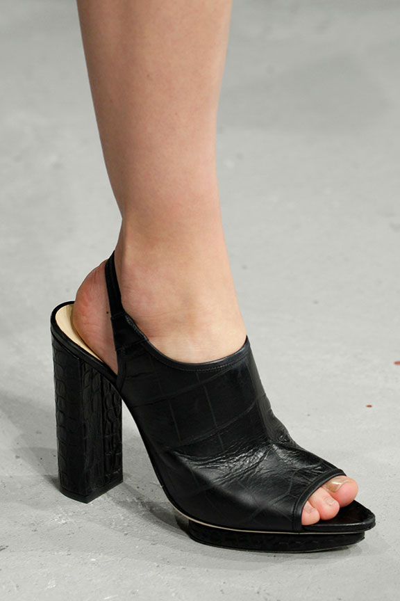 runway report, catwalk review, fashion critic, fashion week shows, paris fashion week, PFW, shoes, christopher kane