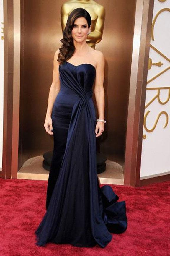 oscars, red carpet, 2014, academy awards, evening wear, celebrities, sandra bullock, alexander mcqueen