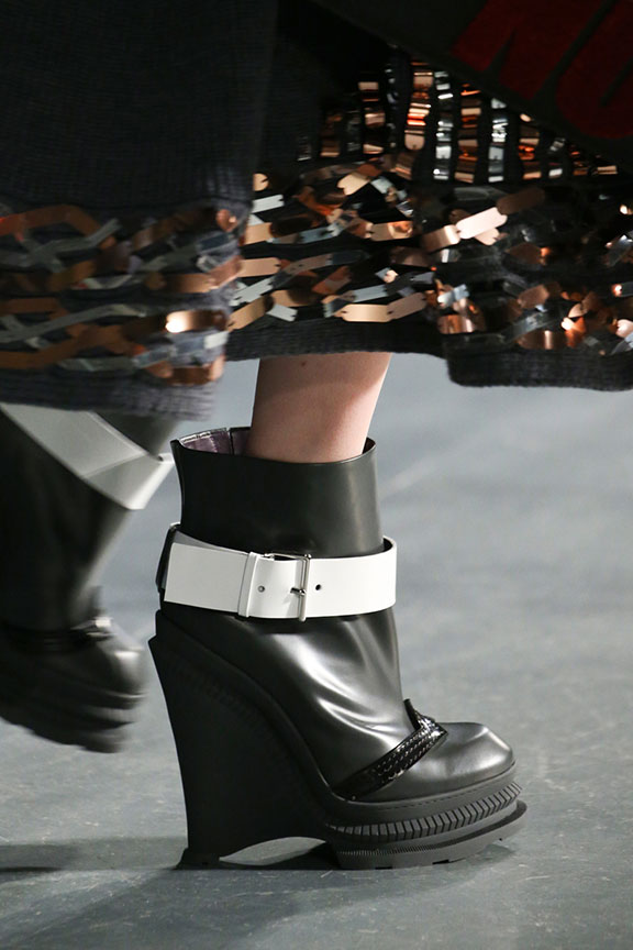 runway report, catwalk review, fashion critic, fashion week shows, paris fashion week, PFW, shoes, kenzo