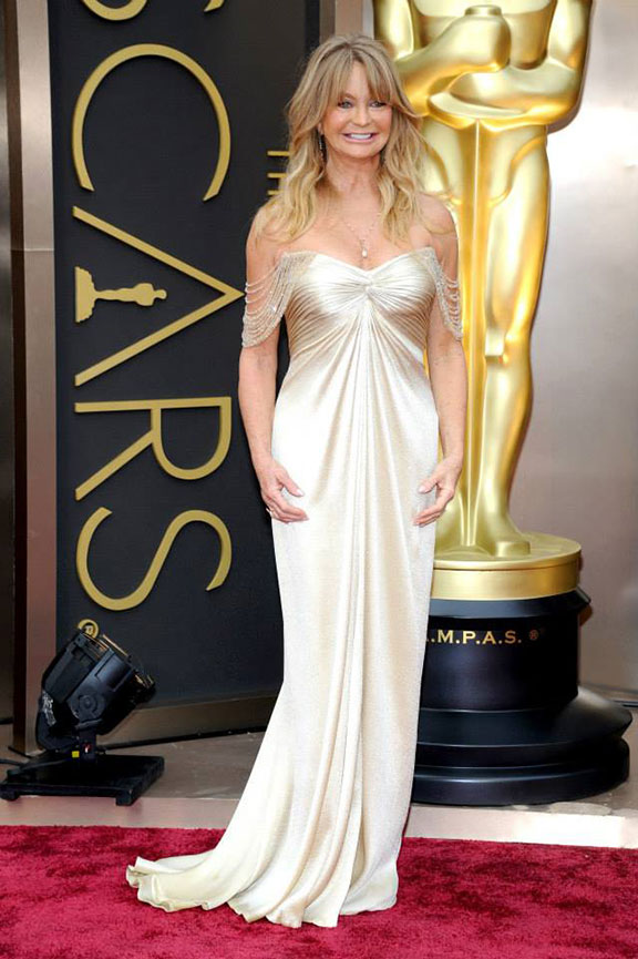 oscars, red carpet, 2014, academy awards, evening wear, celebrities, goldie hawn, versace