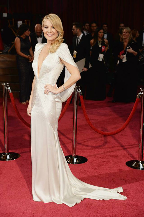 oscars, red carpet, 2014, academy awards, evening wear, celebrities, kate hudson, versace