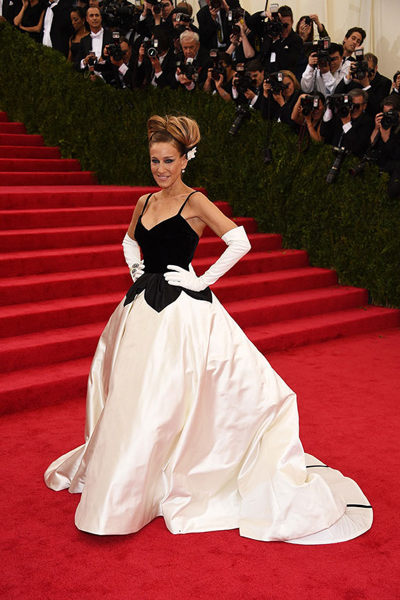 met costume gala, red carpet, vogue, celebrities, evening wear, sarah jessica parker, oscar de la renta