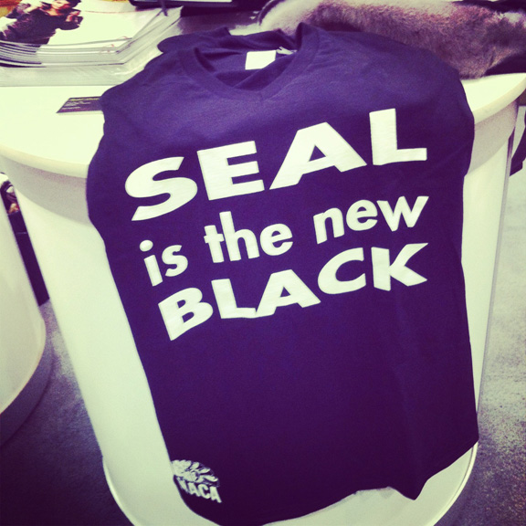 Seal.NewBlack