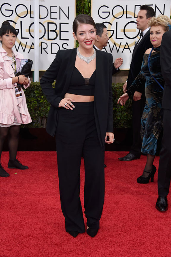 red carpet, golden globes, celebrity fashion, evening wear, lorde, narciso rodriguez