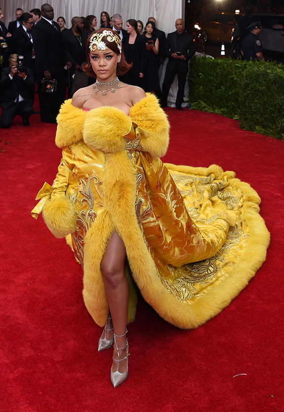 met gala, red carpet, celebrities, evening wear, beyonce, kim kardashian, vogue