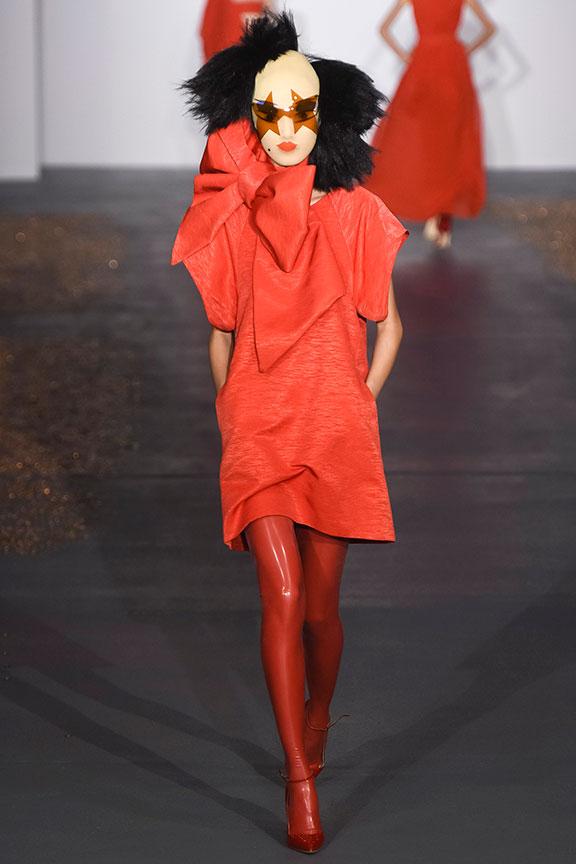 fashion week, runway show, catwalk, fashion critic, runway review, fashion week, fashion month, london, designers